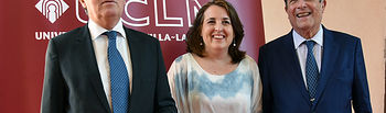 Collado y Mayor Zaragoza con la profesora Manzanares.