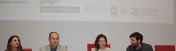 El Gobierno regional hace partícipe a la Asociación Desarrollo de Albacete de la nueva Estrategia sobre el Autismo en Castilla-La Mancha. Foto: JCCM.