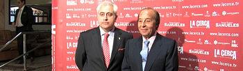 Manuel Lozano, director del Grupo Multimedia de Comunicación La Cerca, junto a Samuel Flores, ganadero y presidente de Honor de los Premios Taurinos Samueles 2009.