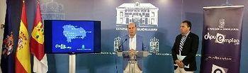 El presidente, José Manuel Latre, ha presentado los detalles de este nuevo proyecto acompañado por el diputado Juan Pedro Sánchez Yebra