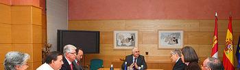 El presidente de Castilla-La Mancha, José María Barreda, durante la reunión que mantuvo el pasado 15 de febrero en la sede de la Presidencia regional, en Toledo, con la junta directiva de FEAPS, en la que fue invitado a la inauguración en Toledo del congreso nacional de la Confederación Española de Organizaciones a favor de las Personas con Discapacidad Intelectual.