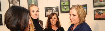 Novillo inaugura exposición 'Mujer y Deporte' (1). Foto: JCCM.