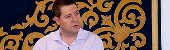 Emiliano García-Page en su reunión con los medios regionales.