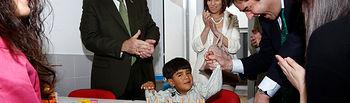 Echaniz visita centro atencion diversidad funcional (1). Foto: JCCM.