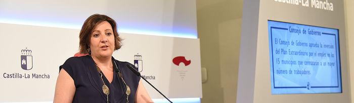 La consejera de Economía, Empresas y Empleo, Patricia Franco, informa de asuntos relacionados con el Consejo de Gobierno en el Palacio de Fuensalida. (Fotos: José Ramón Márquez//JCCM)