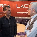 Ángel Tejada, decano de la Facultad de Ciencias Económicas y Empresariales de la UCLM, junto a Manuel Lozano Serna, director del Grupo Multimedia de Comunicación La Cerca.