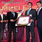 """El ganador del Premio """"SAMUELES"""" A la mejor suerte de varas ha sido, en esta ocasión, para Daniel López, de la cuadrilla de Rubén Pinar."""