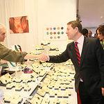 El presidente de Castilla-La Mancha, Emiliano García-Page, inaugura la XXXVI edición de la Feria de Artesanía de Castilla-La Mancha (FARCAMA), en el Centro de Recepción de Turistas 'Toletvm' de la capital regional. (Fotos: Ignacio López//JCCM)
