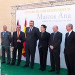 """Foto de grupo durante la inauguración del Centro de Inserción Social """"Marcos Ana"""", en Albacete."""