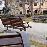 Bancos en la Plaza Santo Ángel Albacete