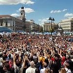 Imagen de una concentración de personas con motivo de las Movilizaciones del 15-M.