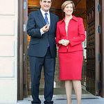 María Luisa Araújo presentó el 1 de octubre, al presidente de las Cortes de C-LM, Francisco Pardo, el Proyecto de Presupuestos de la Región para 2011.