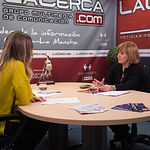 María José Romero, decana de la facultad de Relaciones Laborales y Recursos Humanos de la UCLM en Albacete, junto a la periodista Miriam Martínez
