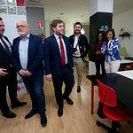 El portavoz del Gobierno Regional, Nacho Hernando, visita las instalaciones de AJE en Albacete