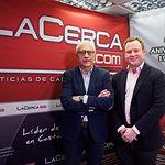 Vicente Casañ, alcalde de Albacete, junto al director del Grupo Multimedia de Comunicación La Cerca, Manuel Lozano Serna. Foto: Manuel Lozano Garcia / La Cerca