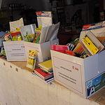 Donación de material escolar por el PSOE en la Feria de Albacete 2017
