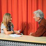José Sacristán junto a la periodista Miriam Martínez
