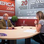 Bienvenido Rosa, presidente de la Asociación de Empresas de la Construcción en Albacete (APECA), junto a la periodista Miriam Martínez
