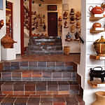 El Museo consta de seis salas de exposición agrupadas por provincias de casi toda España.