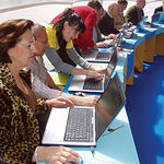 """Imagen de un grupo de participantes en el curso """"Los Mayores Forman la Red""""."""