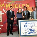 Resurección Samper Navarro, madre de José María Manzanares, recibió el Premio a la Faena más Completa de la Feria.