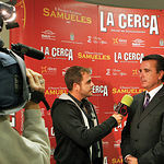 """José Ortega Cano entrevistado por el programa """"El Tomate"""" durante la entrega de premios."""