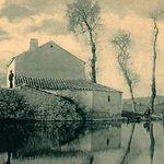 Hace décadas, la fuerza del agua de los ríos podía mover piedras de moler. Foto: Antiguo molino en las Tablas de Daimiel.