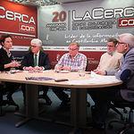 Carmen Montejo Criado, vocal de la Asociación de Gestores Medioambientales de Albacete (AGESAM), José Ruiz, presidente de la Asociación de Empresas Agroalimentarias de Albacete, Juan José Martínez, presidente de la Asociación de Empresarios de Máquinas Recolectoras de Albacete (APEMA), César Yagüe, vicepresidente de la Asociación Provincial de Centros de Enseñanza Privada (ACEPA) y Manuel Lozano, director del Grupo Multimedia de Comunicación La Cerca.