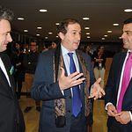 Inauguración II FesTVal de Primavera en el Teatro Circo de Albacete. En la imagen, el alcalde de Albacete, Javier Cuenca (d), junto al director General de TVE Eladio Jareño (c).