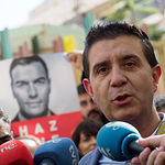 Santiago Cabañero, secretario general del PSOE Provincial de Albacete, durante la tradicional Pegada de Carteles de las Elecciones Generales del 28A