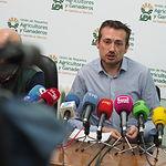Alejandro García, responsable del sector del vino en la Unión de Pequeños Agricultores y Ganaderos.