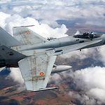 Entre las principales líneas de trabajo abiertas en estos momentos en la Maestranza Aérea de Albacete destacan las correspondientes a los Sistemas de Armas del F-18, en la imagen.