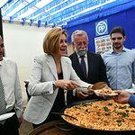 María Dolores Cospedal visita  la Feria y Fiestas de San Isidro de Talavera de la Reina, con motivo de la celebración del Día del Afiliado del PP.