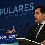 Paco Núñez mantiene un encuentro con medios de comunicación, en Toledo