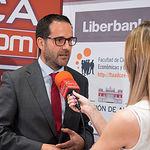 """Antonio Hugo, subdirector General Zona Centro Liberbank, durante el III Fórum """"Castilla-La Mancha de Cerca"""" organizado por el Grupo Multimedia de Comunicación La Cerca."""