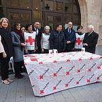 El Ayuntamiento colabora en el Día de la Banderita de Cruz Roja.