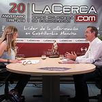 """Michel Montaner, autor del libro """"El Espíritu de Xirivella"""" y Secretario General PSPV-PSOE Xirivella, junto a la periodista Miriam Martínez"""