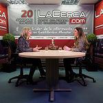 María Dolores Arteaga, candidata al Congreso por Ciudadanos en Albacete, junto a la periodista Carmen García