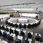 Los líderes del G-20, durante la primera sesión plenaria de la Cumbre, 'Economía global: comercio e inversión'.