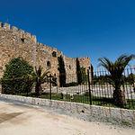 Castillo de Don Juan Padilla en la localidad de Mascaraque (Toledo), con sus jardines perfectamente cuidados. De propiedad privada.