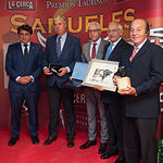 Miguel Ángel Escalante (Caja Rural C-LM), Juan Ignacio Pérez Tabernero, Manuel Lozano, Manuel Amador y Samuel Flores en la Gala de entrega de los XI Premios Taurinos Samueles correspondientes a la Feria de Taurina de Albacete 2016