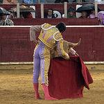 Sebastián Castella en su segundo toro.