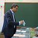 Esteban Paños votando. 26M.