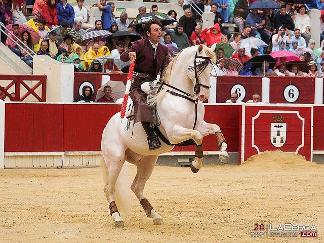 Andy Cartagena - Su segundo toro - Corrida Feria Taurina 09-09-18
