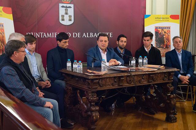 """Presentación del XXIX Festival a beneficio del """"Cotolengo"""""""