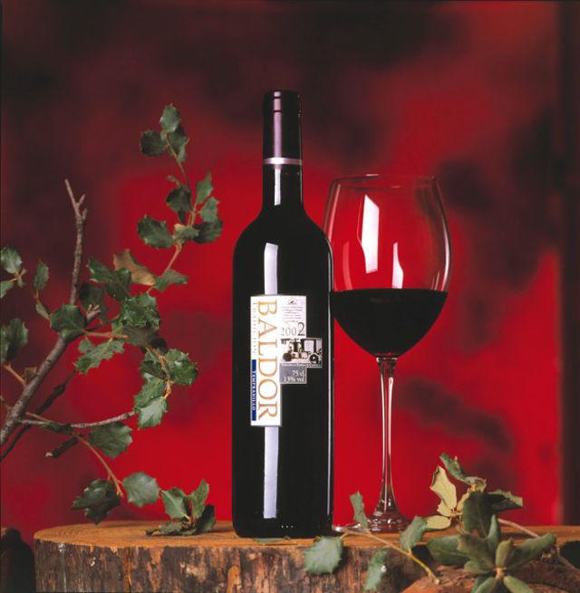 El vino de Bodegas Castiblanque se comercializa bajo la denominación de origen Vino de la Tierra de Castilla