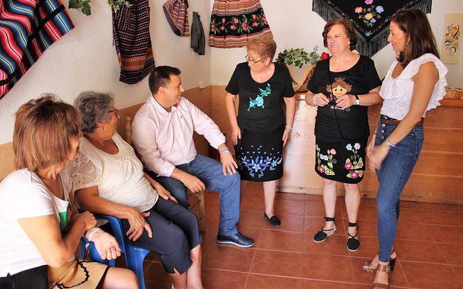 Stand Federación Castellano-Manchega de Albacete y Provincia de Mujeres, Consumidores y Usuarios.
