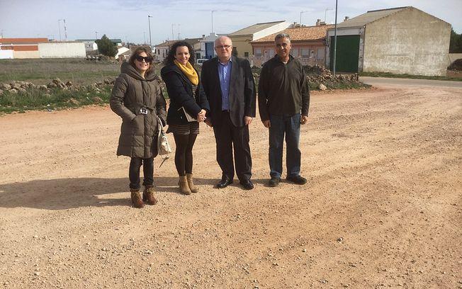 La junta visita los terrenos de la helisuperficie de for Viveros albacete