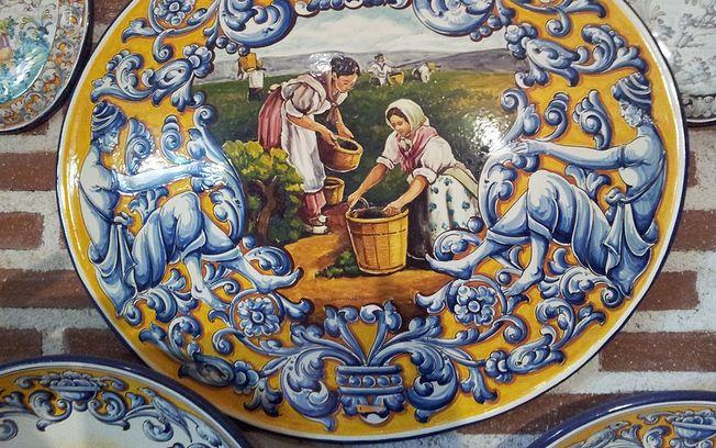 El museo de cer mica ruiz de luna de talavera acoge una - La reina del mueble talavera ...
