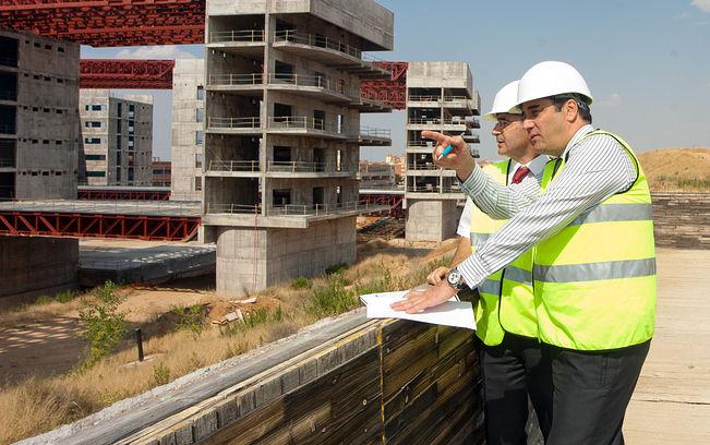 Echániz visita las obras del Hospital de Toledo. Foto: JCCM.